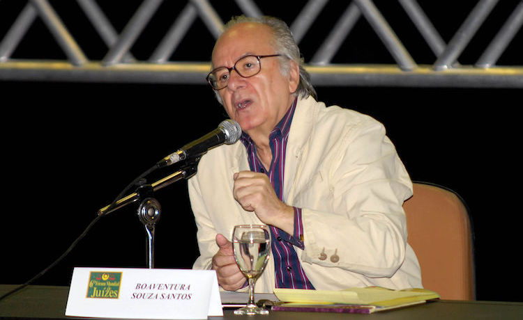 Photo: Portuguese sociologist Boaventura Souza Santos during the 6th World Forum of Judges in 2010. CC BY 3.0 br