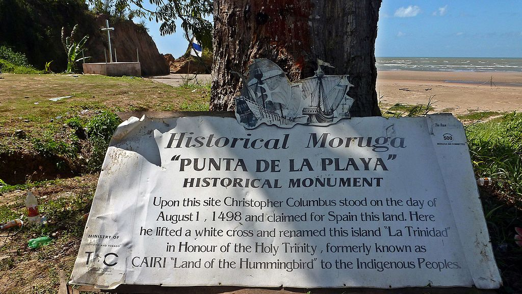 Photo: Moruga - Columbus historical monument. Columbus landed here on his third voyage in 1498. This is on the southern coast of the island of Trinidad, West Indies. the sea in the background is named the Columbus channel. it separates the island of Trinidad from Venezuela. Kalamazadkhan CC BY4.0