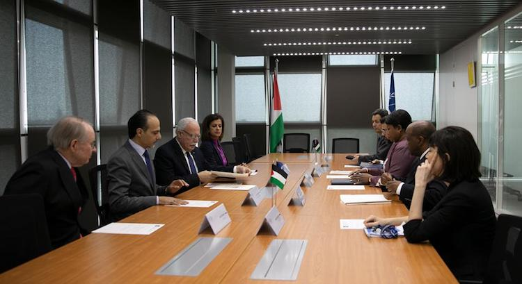Photo: Palestine is resolutely pursuing its strategy of seeking statehood through intergovernmental organizations. On May 22, Palestinian foreign minister Riyad al-Malki met Prosecutor Fatou Bensouda at the ICC Headquarters in The Hague calling for the court to investigate Israeli settlement policies in the West Bank and East Jerusalem. Copyright: ICC-CPI
