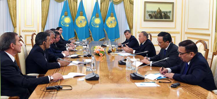 Photo: Kazakh President Nursultan Nazarbayev met October 31 with the heads of Russian, Turkish, Iranian delegations as well as a delegation of observers from the U.S., Jordan and the UN. Credit: Akorda.kz