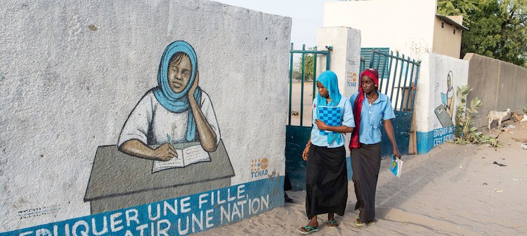 Photo: Young women return home after classes in the town of Bol in Chad. Credit: UN Photo/Eskinder Debebe.